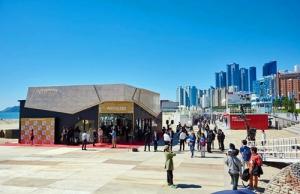 釜山映画祭アーティストリーブース2015-2
